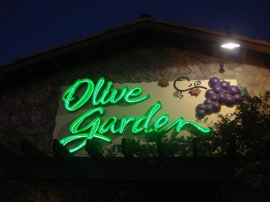 Olive Garden: Letreto