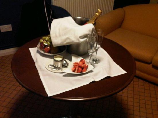 Ramada Park Hall Hotel and Spa: £90 badly spent!!