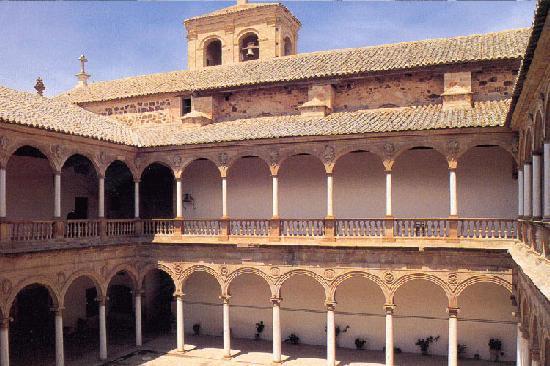 แอลมาโกร, สเปน: Claustro de los dominicos