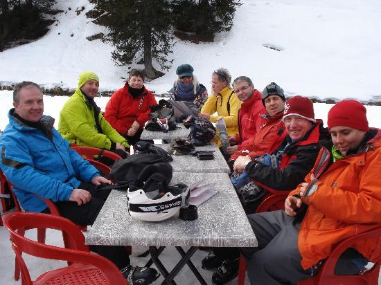 Chalet Hotel La Chaumiere: The group at rest