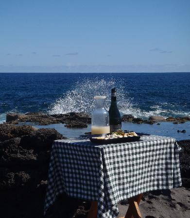 explora Rapa Nui: The treat at the end of the hike