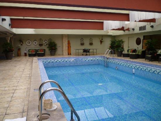 Swimming pool at Aurola Hotel Holiday Inn