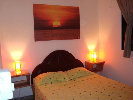Cabinas Iguana : Apartment Bedroom
