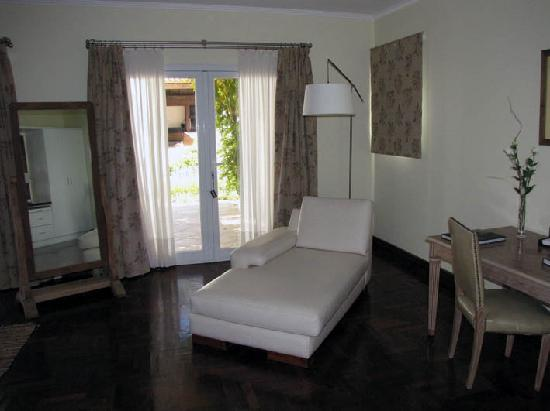 Guest House at Terrazas de los Andes Winery: Another suite, with doors that open to the garden