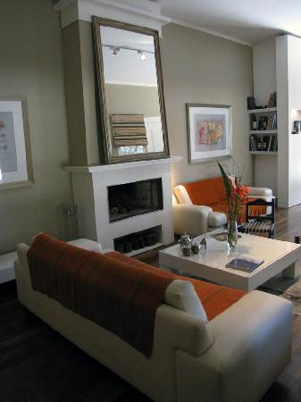 Guest House at Terrazas de los Andes Winery: One sitting room