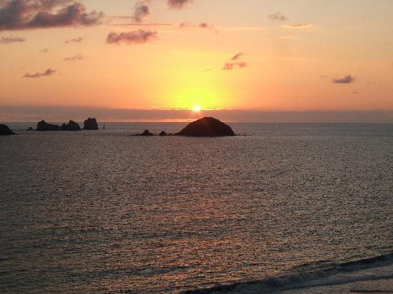 Sunscape Dorado Pacifico Ixtapa: Sunset from our Dorado Pacifico room
