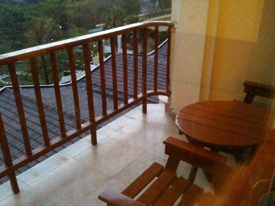 Fariyas Resort Lonavala: Balcony