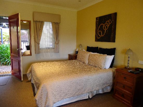 Vintages Accommodation: Room