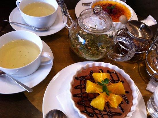 L'OCCITANE CAFE: ハーブティ&スィーツ