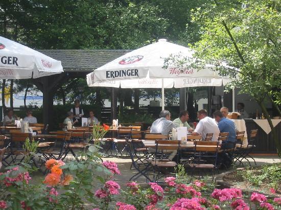 Hotel Eifelstern: Biergarten