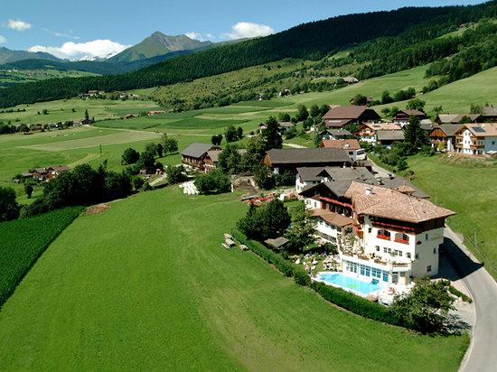 Rodengo, إيطاليا: Lage Hotel Schönblick