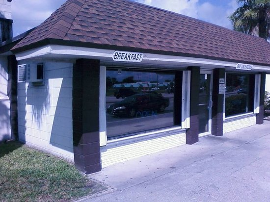 Photo of American Restaurant Georgia Pig at 1285 Sw 40th Ave, Fort Lauderdale, FL 33317, United States