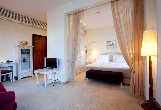 Savoy Boutique Hotel: Hotel Suite