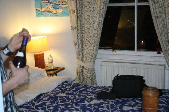 Royal Harbour Hotel: our room