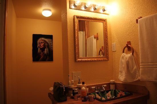 sehr sch nes badezimmer bild von globetrotter lodge holbrook tripadvisor. Black Bedroom Furniture Sets. Home Design Ideas