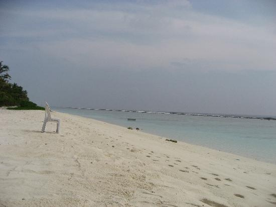 Hulhumale: Beach