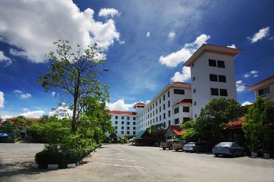 Phetchabun, Thaïlande : ็็Hotel car park