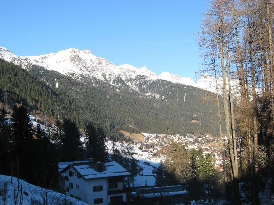 Hotel Fahrner: View into village from hotel