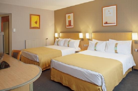 Holiday Inn - Calais : Chambre twin/famille Holiday Inn Calais