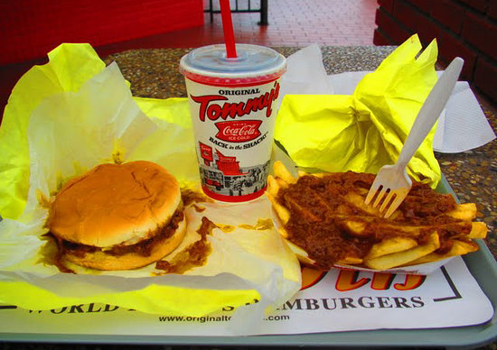 Tommy's Original Hamburgers: Chili-Cheeseburger, chilifries and a Diet Coke.  Yum.