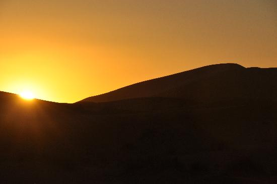 sunset at Erg Chebbi