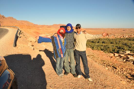 Erg Chebbi: red and blue: Mohammed's gifts to us