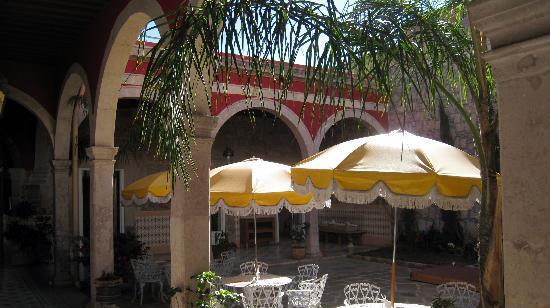 Casa Limonchelo: atrium