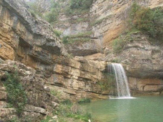Klina, Kosowo: Mirusha Wasserfällen