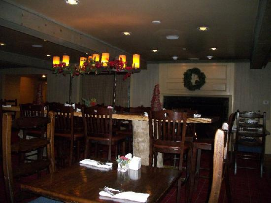 The Wolfeboro Inn: Dining Room