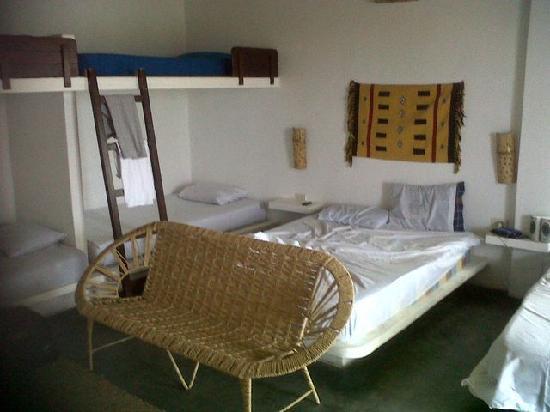 Punta Pacífico Bungalows: La Habitacion, una de las camas matrimoniales