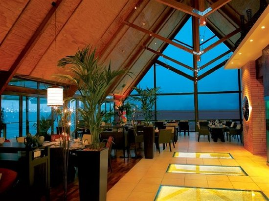 Finz abu dhabi restaurant reviews phone number for Ristorante cipriani abu dhabi