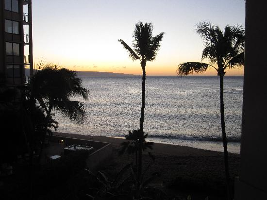 Sands of Kahana: 1st night's sunset view from our room