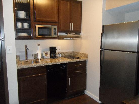 HYATT house Shelton: Kitchen