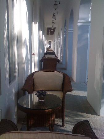 Taj Falaknuma Palace : My veranda breakfast table
