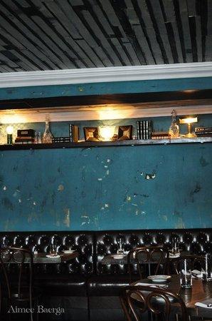 Harper's Bar & Restaurant: Teal Dining Room