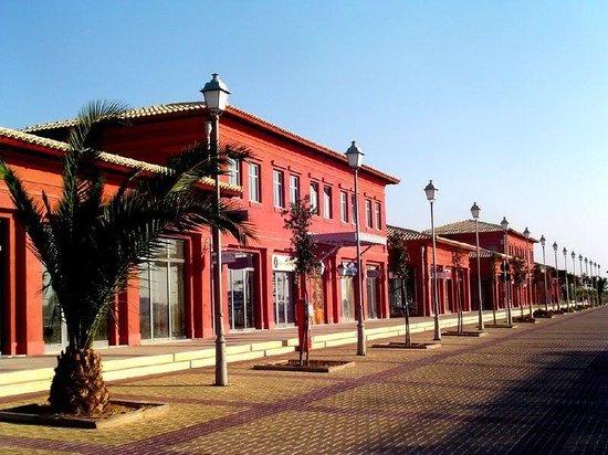 Paleo Faliro, Grecia: Flisvos Marina