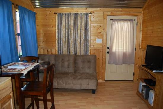 Hoof Prints Ranch: Cabin nine living room