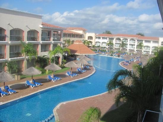 Riviera pool fotograf a de sandos playacar beach resort - Riviera pool ...