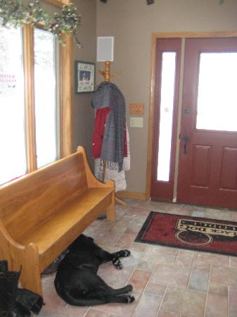 "Black Dog Lodge: The newest ""black dog"" waits for more guests"
