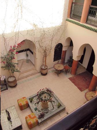 Riad Maison Belbaraka: inner yard
