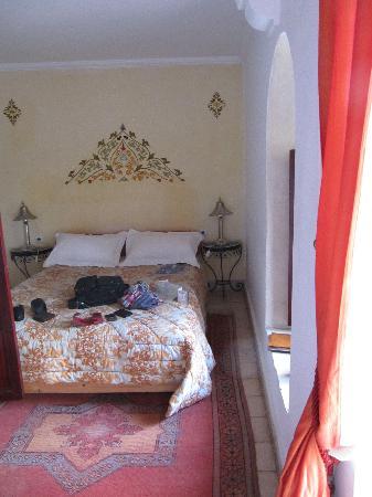 Riad Maison Belbaraka: camille room