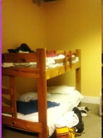 Hostel Buffalo-Niagara: Nice beds