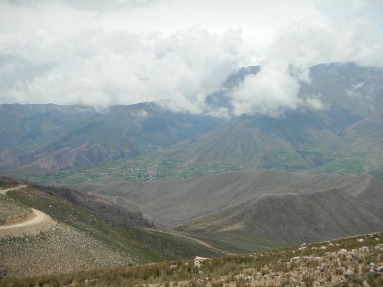 Iruya, Argentina: Camino Descendente
