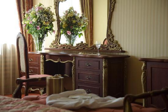 'Orbitz.com' from the web at 'https://media-cdn.tripadvisor.com/media/photo-s/01/c5/1e/8e/grand-hotel-sofia.jpg'