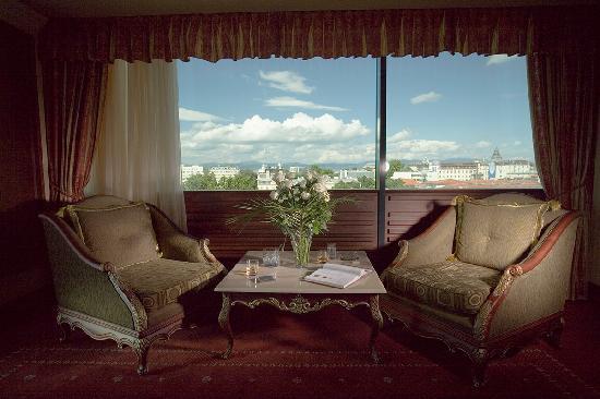 'Orbitz.com' from the web at 'https://media-cdn.tripadvisor.com/media/photo-s/01/c5/1e/8f/grand-hotel-sofia.jpg'