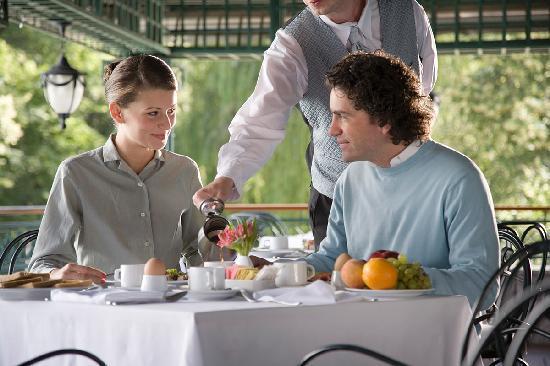 Grand Hotel Sofia : GHS breakfast terrace