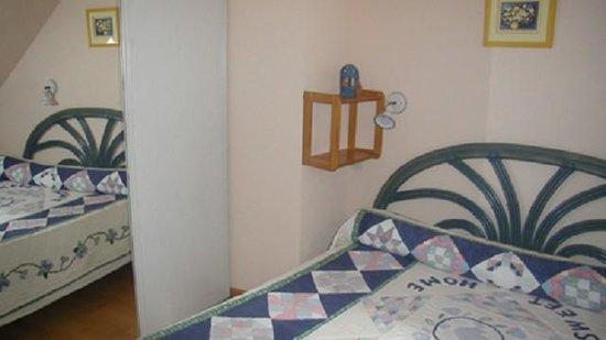 Les Alizes:                                     une des chambres dans laquelle nous étions