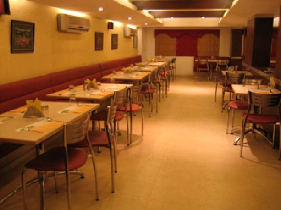 ParkLane Hotel: coffee shop