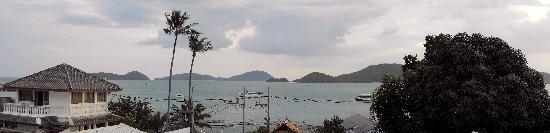 Kantary Bay, Phuket: Room View evening