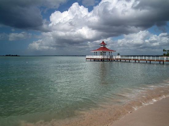 Grand Bahia Principe La Romana: Embarcadero al amanecer